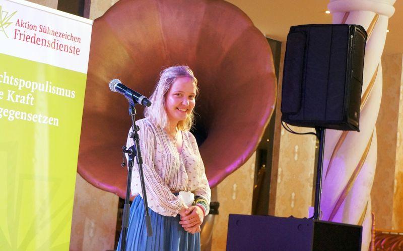 Gewinnerin beim Poetry Slam